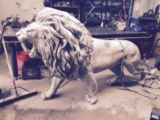 lion left side